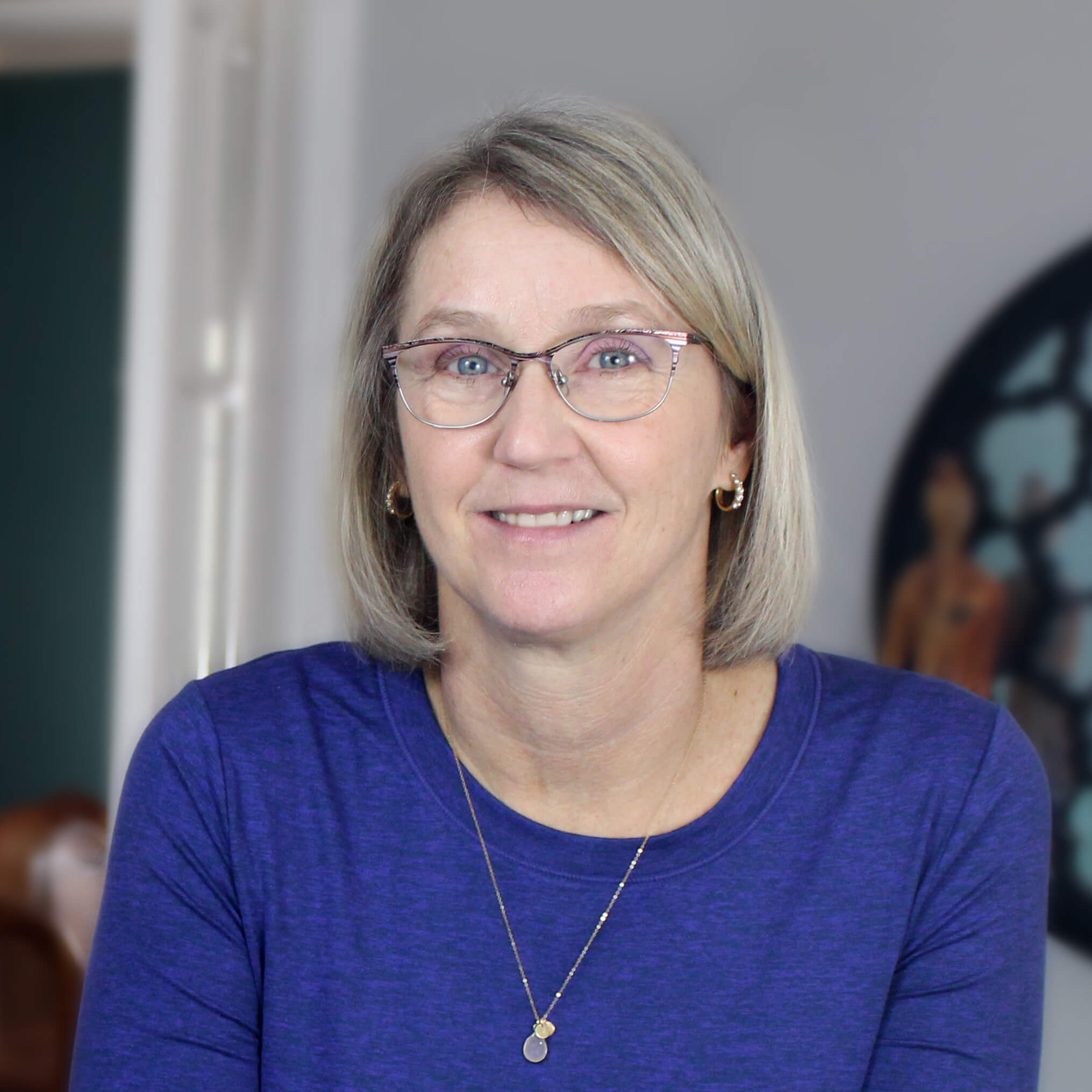 Linda Goulet Headshot